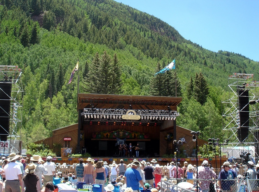 10 telluride stage with ski hill